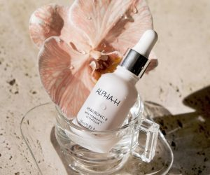 Why Alpha-H Hyaluronic 8 Super Serum is a saviour
